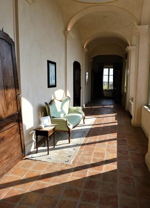 Beddroom hallway